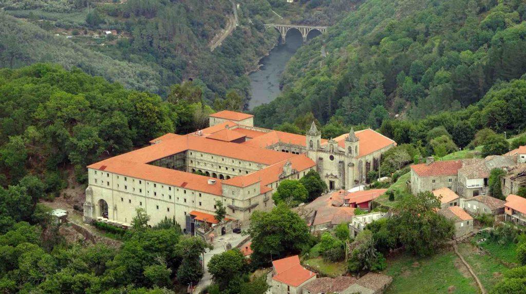 monasterios Ribeira Sacra Galicia otoño