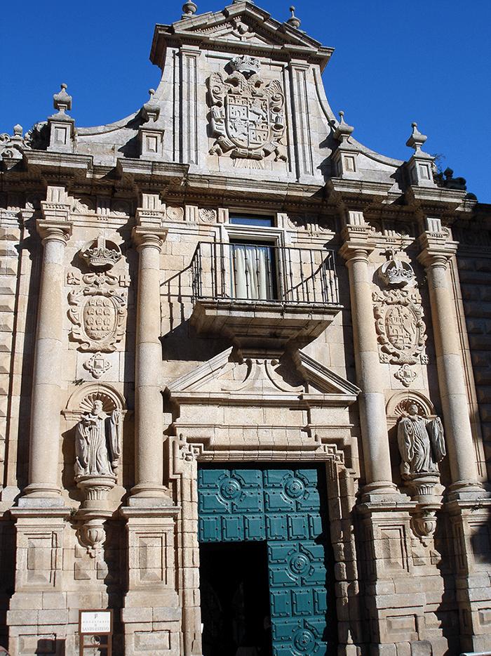 Fachada del monasterio de Santo Estevo de Ribas de Sil - Ribeira Sacra